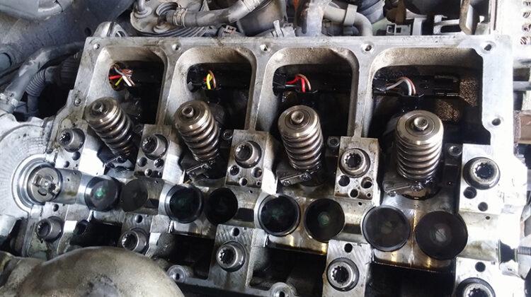360128es 1920 750x420 - Как менять сальники клапанов